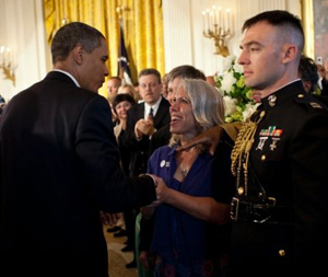 Robyn with President Obama, 2009