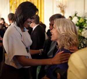 Robyn with Michelle Obama, 2009